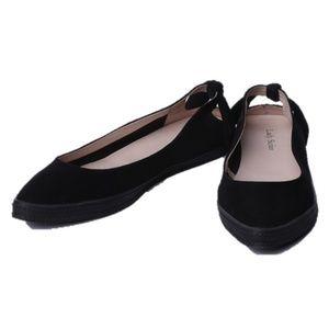 Shoes - Women's black suede flats